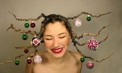 10 Crazy Christmas Hairstyles With Decorated Ornaments You Should Try
