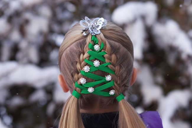 10 Crazy Christmas Hairstyles With Decorated Ornaments You