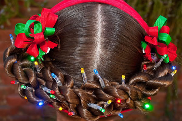 Christmas Hairstyles For Kids.10 Crazy Christmas Hairstyles With Decorated Ornaments You
