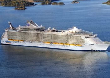 Oasis of the Seas The Most Luxurious Cruise Line In The World
