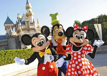 13 Things You Never Knew You Could Do At Disneyland