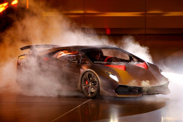 Lamborghini Sesto Elemento- Too Fast To Be Legal In US